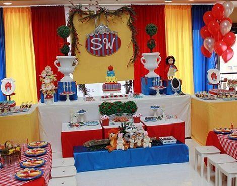 fiesta cumpleanos blancanieves mesa grande