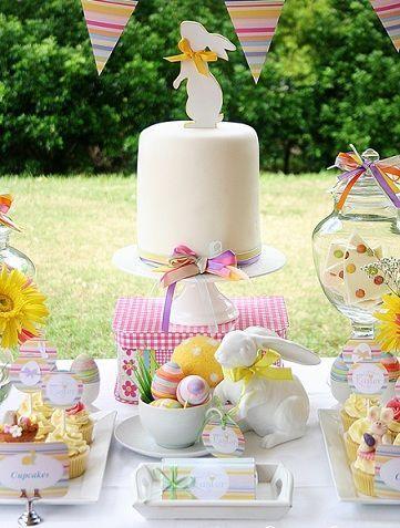 fiesta pascua mesa tarta