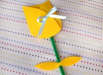 tarjeta casera dia de la madre tulipan