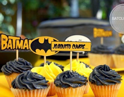 cumpleanos batman cupcake