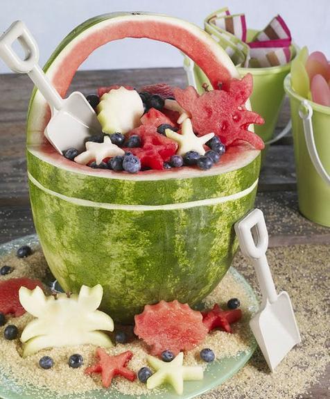 fiesta playa fruta