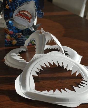 Sabes cómo hacer manualidades con platos de plástico? Las