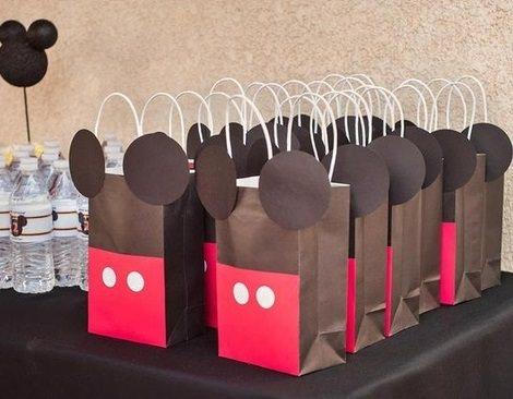 Decoración de Mickey Mouse; ideas fáciles para un cumpleaños casero