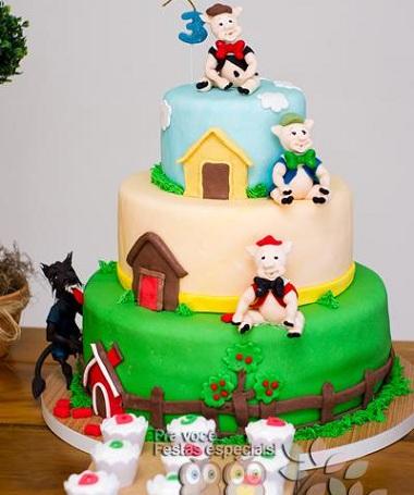 cumpleaños los tres cerditos tarta