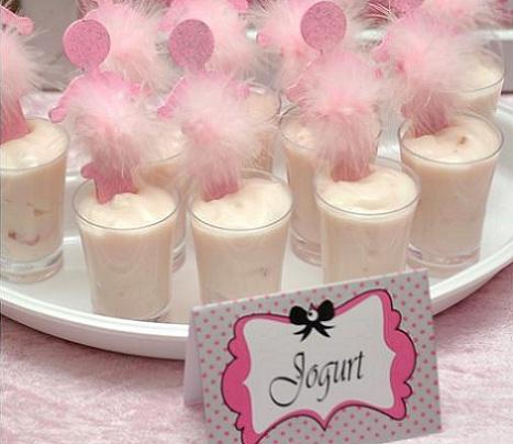 cumpleaños rosa iogurt