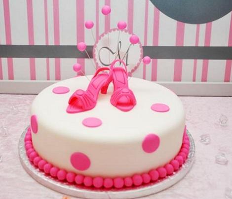 cumpleaños rosa tarta
