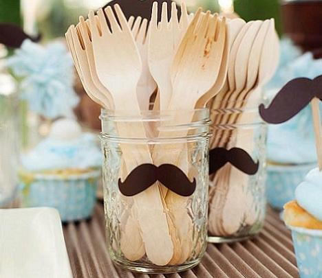 fiesta moustache cubiertos
