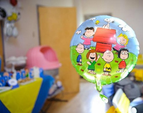cumpleaños un año snoopy globos