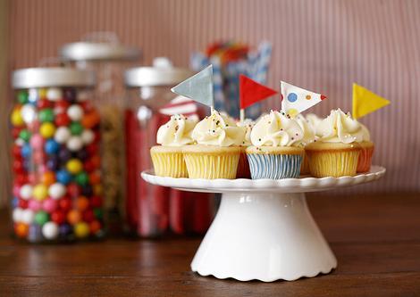 mesa cumpleaños infantiles cupcakes