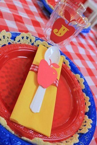 fiesta cumpleanos blananieves platos