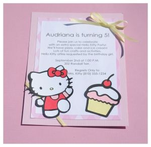 invitaciones caseras hello kitty