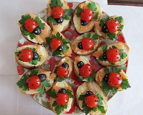 tostadas tomate mariquitas