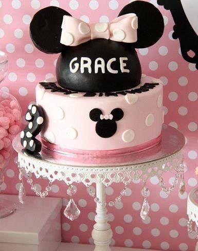 segundo cumpleanos minnie mouse tarta