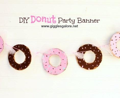 Cómo hacer una guirnalda de donut con cartón