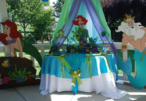 mesa de cumpleaños de La Sirenita