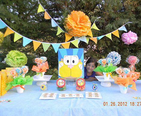 mesa de cumpleaños decoración de gaturro