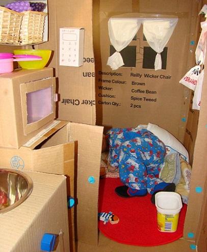 hacemos una casita de juguete con cajas de cartón