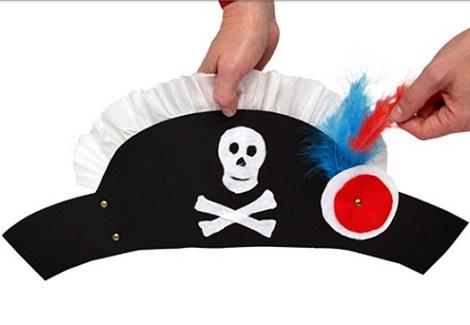 gorro pirata casero con cartulina