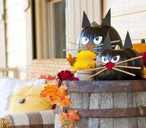 calabazas infantiles de Halloween decoradas de gato