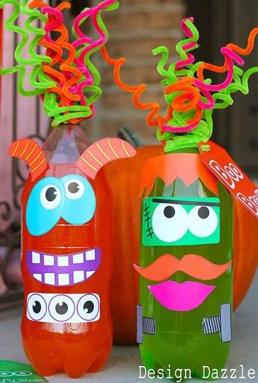 manualidades infantiles de Halloween botellas decoradas