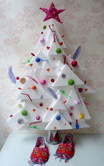 arbol navidad casero con poliespan