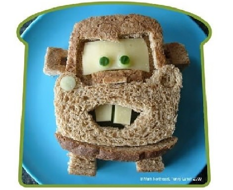 sandwich con forma de cars