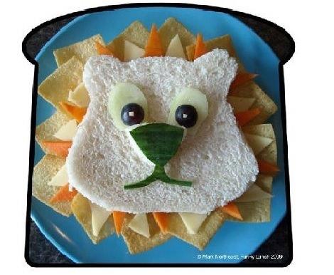 sandwich con forma de león